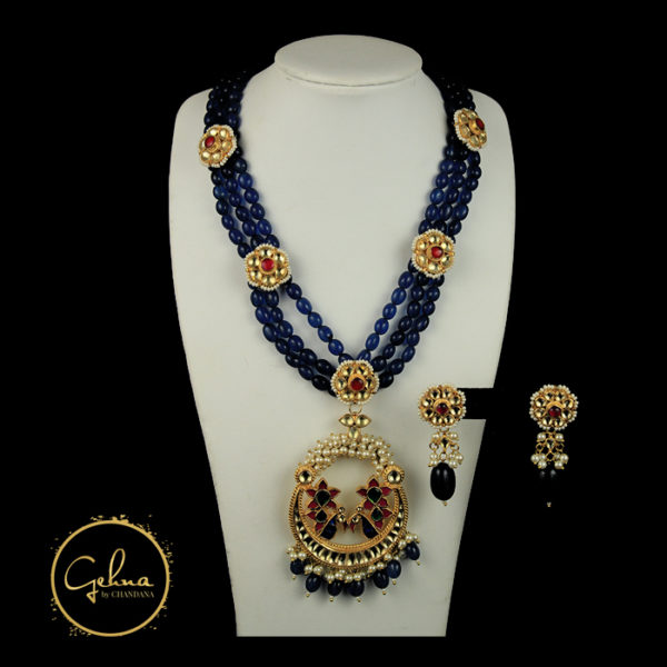Kundan with Blue mani
