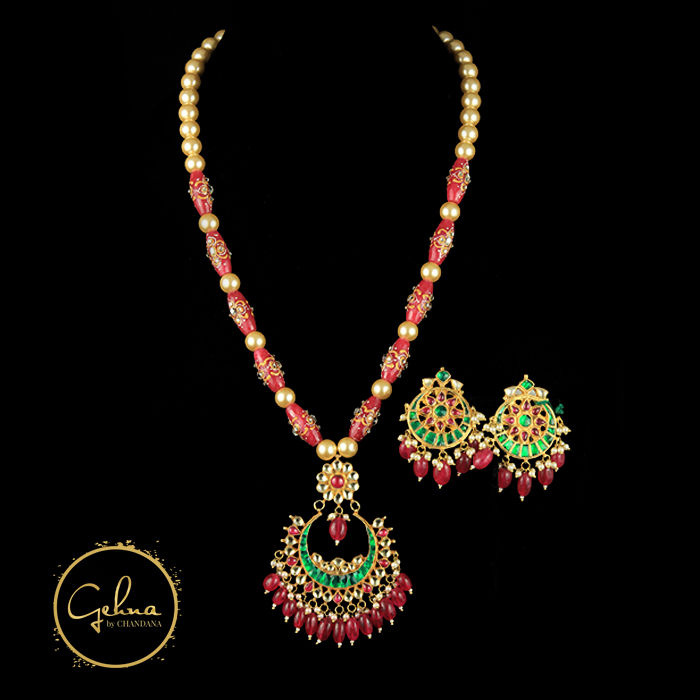Kundan pendant mala with Pearl and pink Tanjore beads