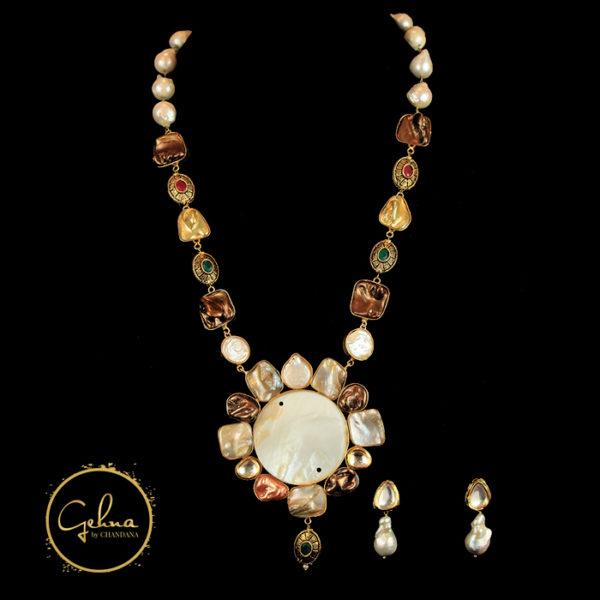 Mother of pearl big pendant set